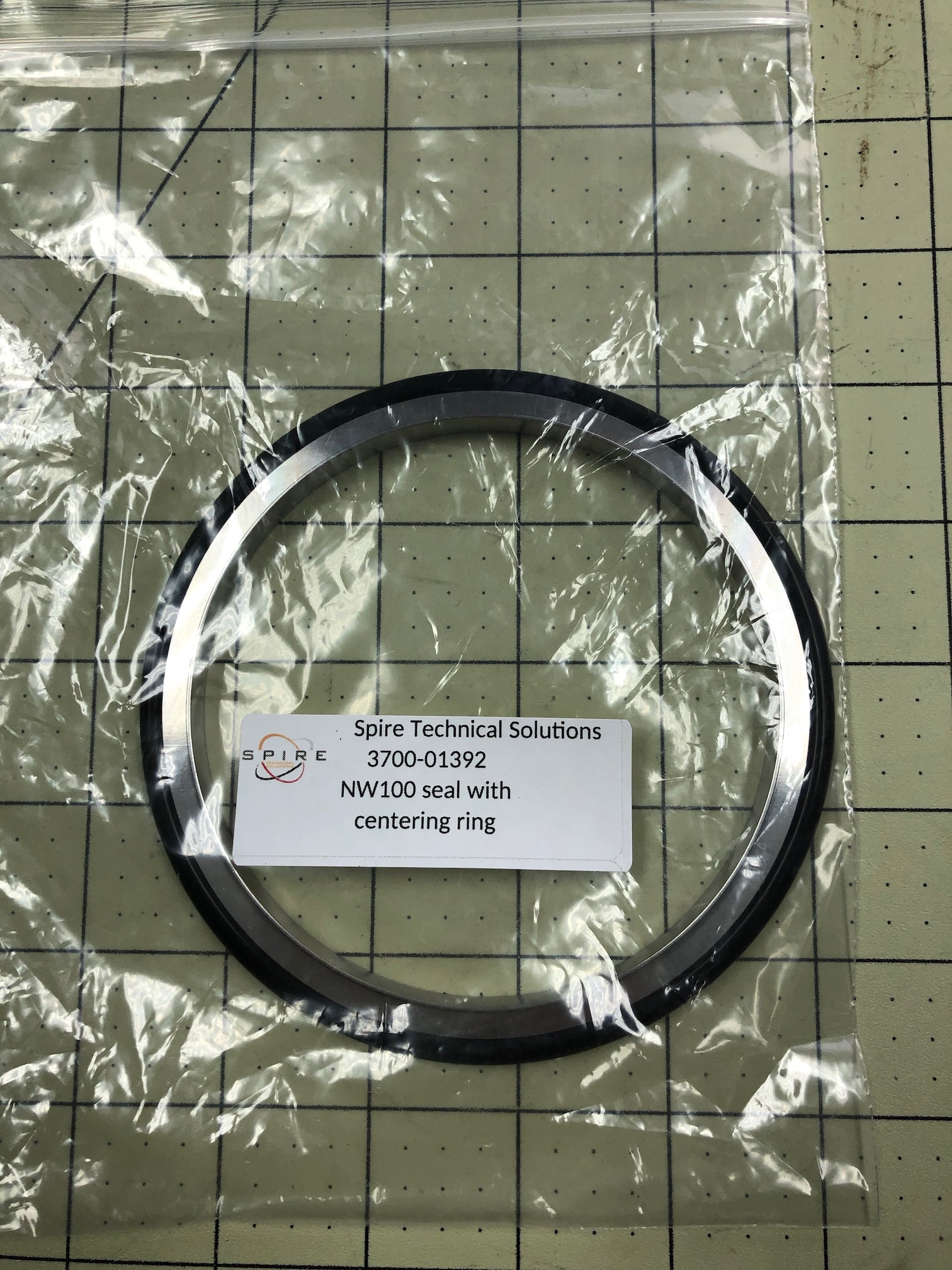 NW100 seal with centering ring