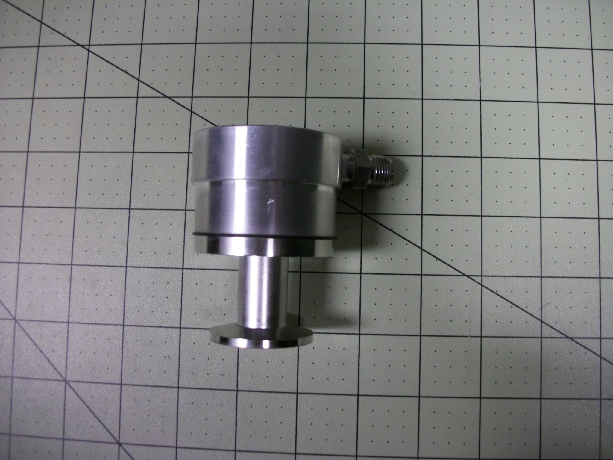 Valve adaptor press REL cryopump/CASS LOADLK