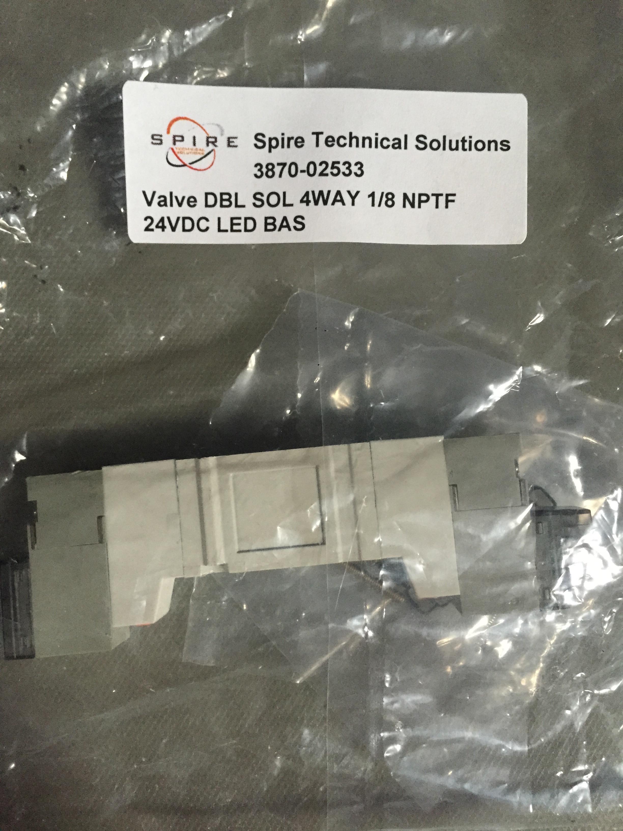 Valve DBL SOL 4WAY 1/8 NPTF 24VDC LED BAS